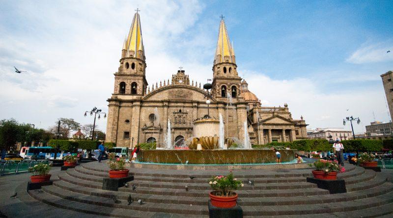 Bella fotografía de la Catedral de Guadalajara.