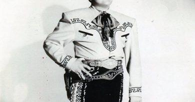 Compositor y cantante José Alfredo Jiménez.